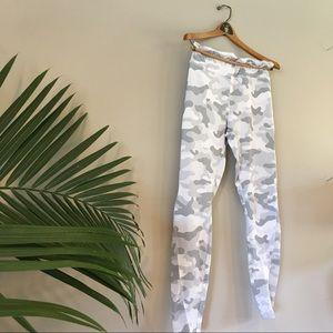 FOREVER 21 white camo leggings w/ mesh panels